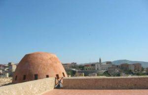 copia-di-terrazzo-castello-con-cupola1